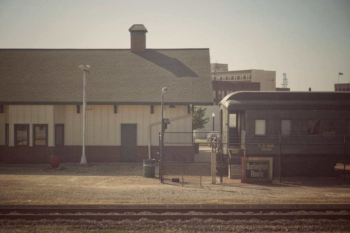 burlington iowa train